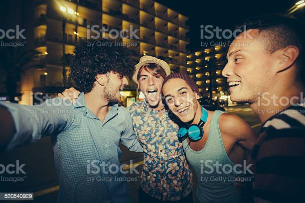 Hipster friends taking selfie in street at night picture id520540929?b=1&k=6&m=520540929&s=612x612&h=qqxvd dob nn5 yqwmcpaz8oa 0vhijyed6ct1kmy44=