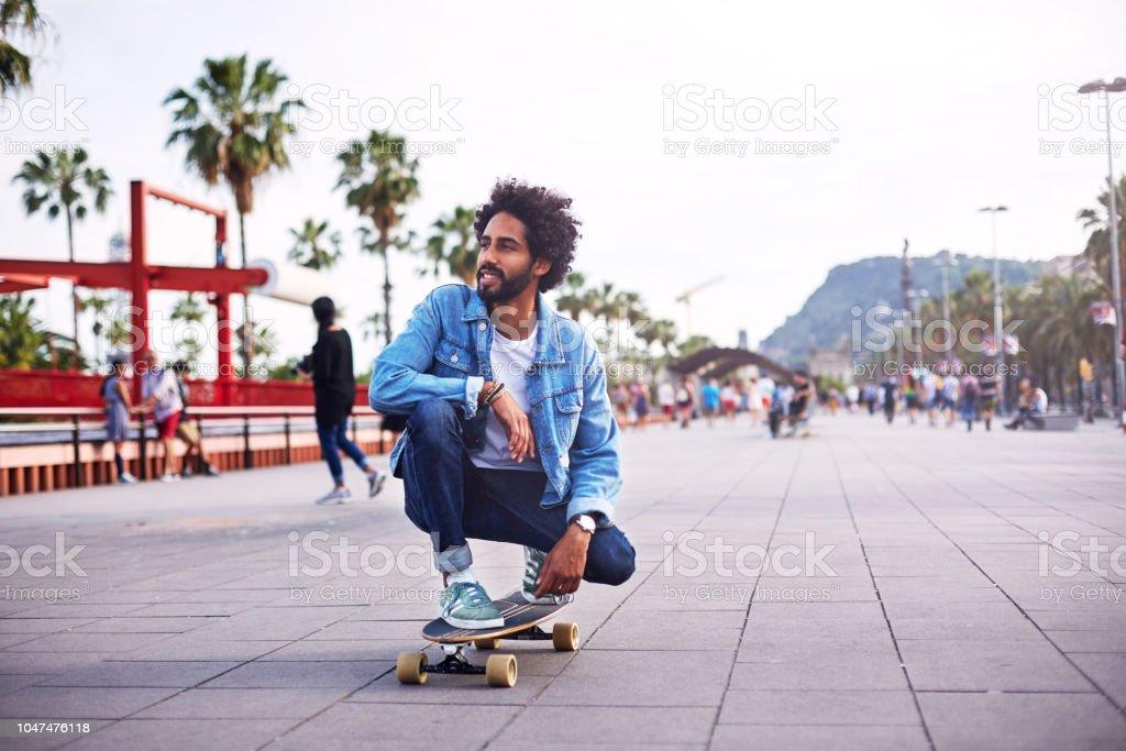 Hipster mit langes Brett – Foto