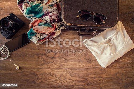 654680306 istock photo Hipster women planning trip 654690044
