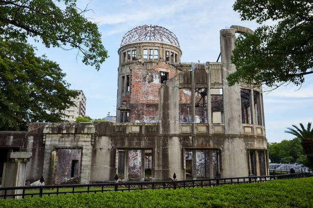 hiroshima atomic dome memorial park. - hiroshima zdjęcia i obrazy z banku zdjęć