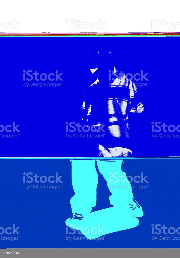 Hispânica menino passeios de skate - foto de acervo