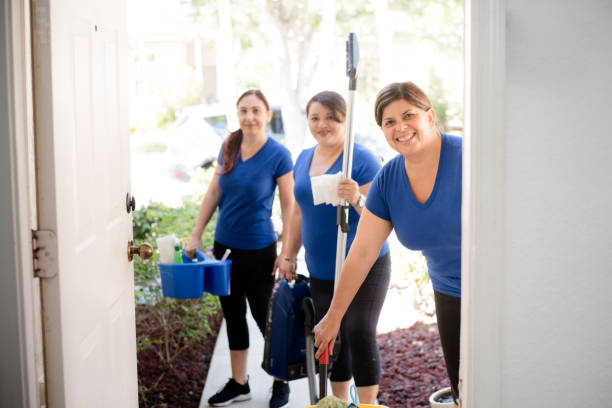hispanic cleaning ladies - maid stock pictures, royalty-free photos & images