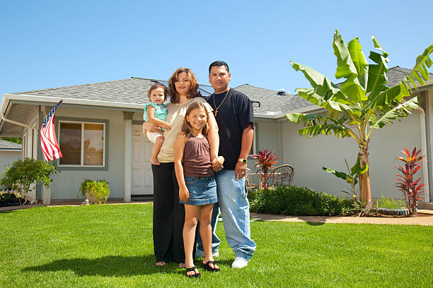 hispanic family portrait - hawaii home stock photos and pictures