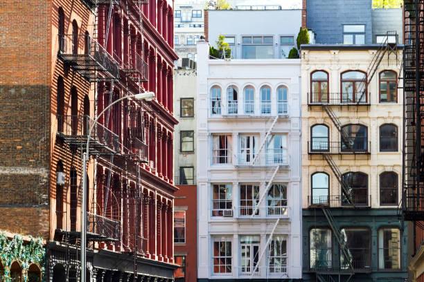 Historic buildings in SoHo Manhattan New York City - foto de acervo