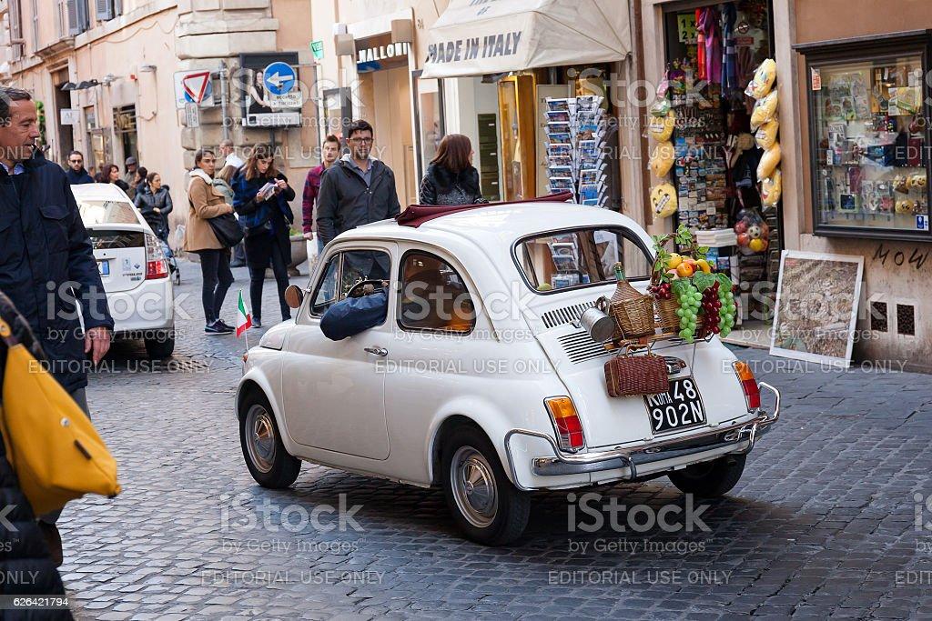 Historic car in Rome - foto stock