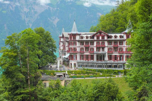 historisches hotel giessbach, schweiz. - hotel bern stock-fotos und bilder