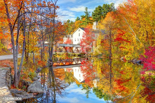 istock Historic Old Town Hall from the Sunapee Harbor Riverway 1257585909