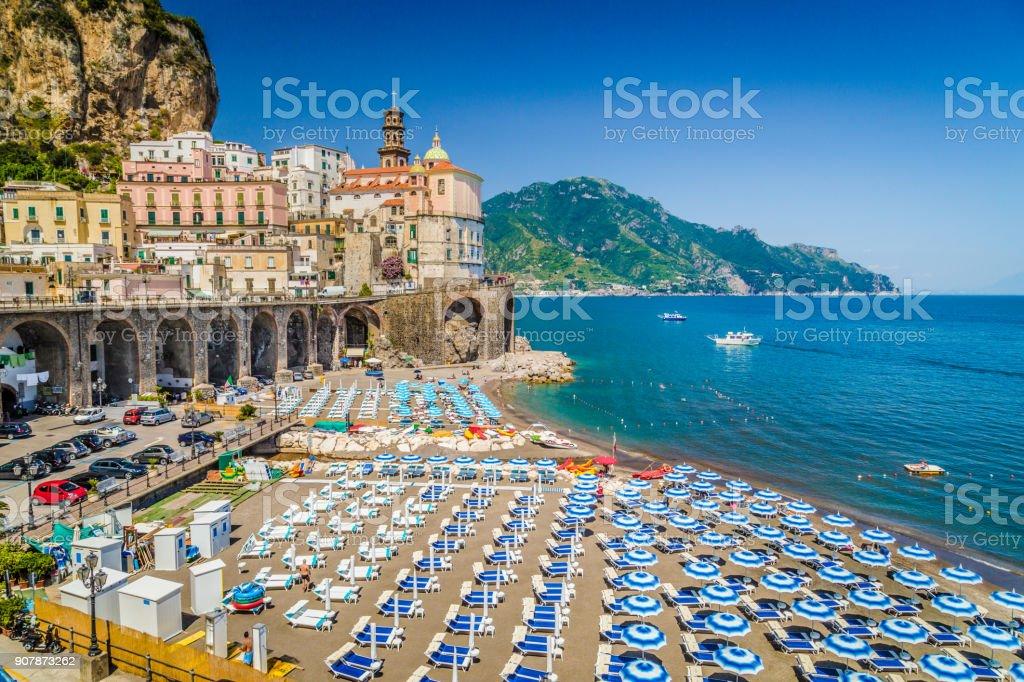 Historische Stadt Atrani, Amalfiküste, Kampanien, Italien – Foto