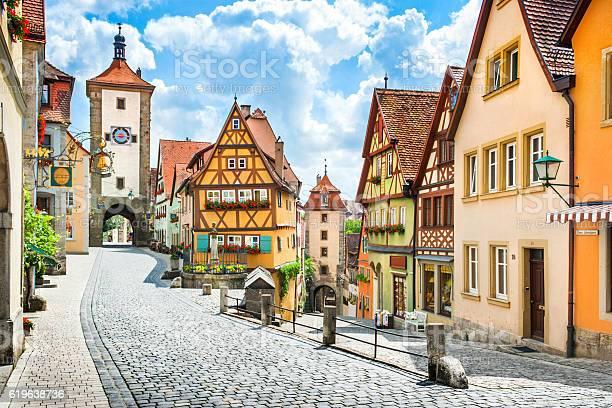 Historic Town Of Rothenburg Ob Der Tauber Franconia Bavaria Germany Stockfoto en meer beelden van Antiek - Toestand