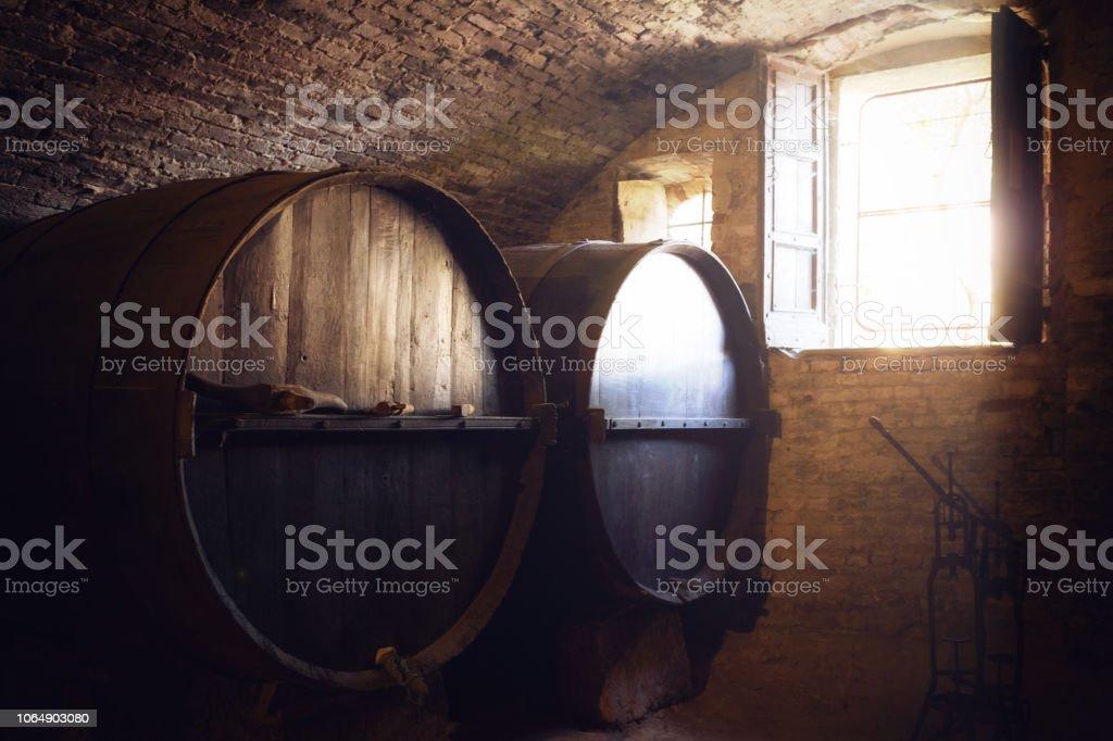 historic wine cellar - foto stock