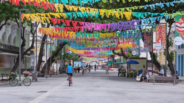 Historisches Zentrum der Stadt Recife für 2019 Karneval dekoriert – Foto