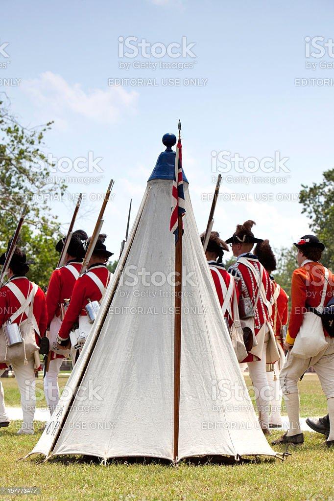Historische Szene von Redcoats Sie wurde von Williamsburg – Foto