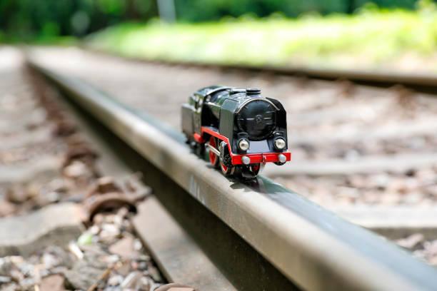 Historisches Spielzeugmodell einer Dampflokomotive – Foto
