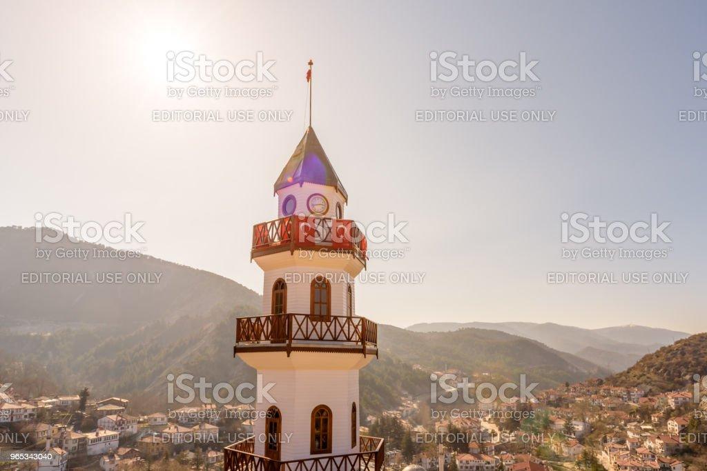볼 루에서 Goynuk의 상단에 언덕에 역사적인 승리 탑 - 로열티 프리 0명 스톡 사진