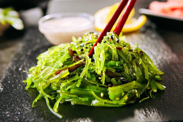 Hiyashi Wakame Chuka, Kelp Salat oder Algen Essen Salat – Foto