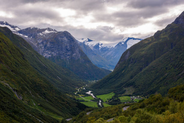 Hjelle Tal Berglandschaft in Norwegen. – Foto