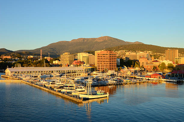 hobart and sullivans harbor at dawn - tasmania stock pictures, royalty-free photos & images