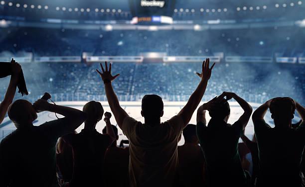 Ventiladores en el Estadio de Hockey - foto de stock