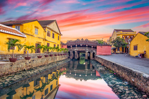 hoi an ancient town on a early morning which is one of the most famous destination for tourists. - huế imagens e fotografias de stock