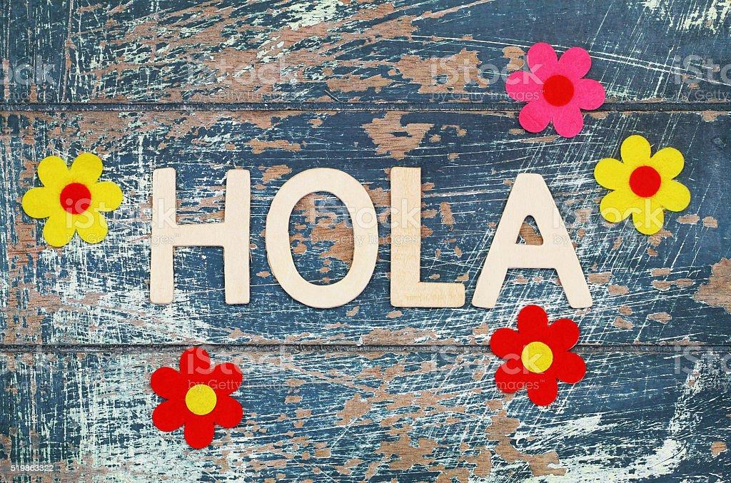 Lettere Di Legno Colorate : Hola scritto con lettere di legno colorato fiori fotografie