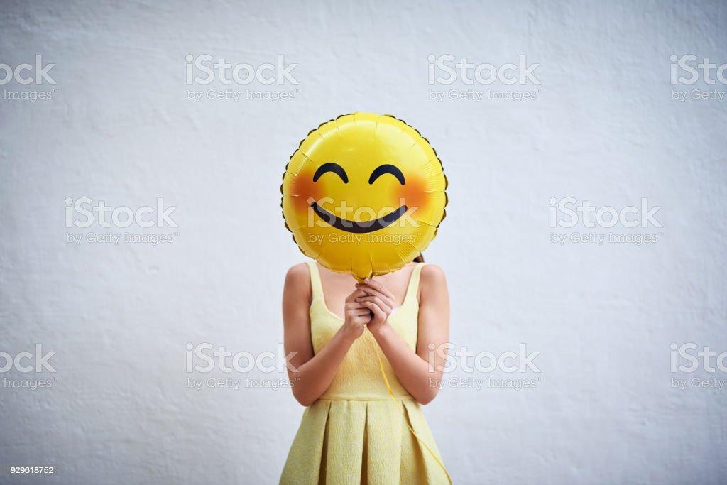 Halten Sie sich an Ihr Lächeln und verbreiten das Glück zu – Foto