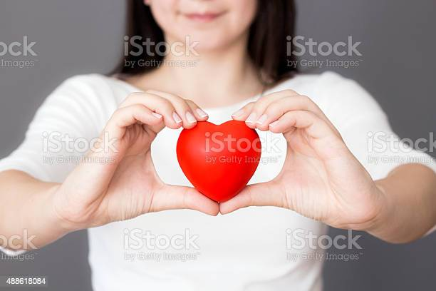 Holding heart picture id488618084?b=1&k=6&m=488618084&s=612x612&h=yliw04khqcnrh0dxanyoj4ao06tbsl3off9ej7zbmf4=
