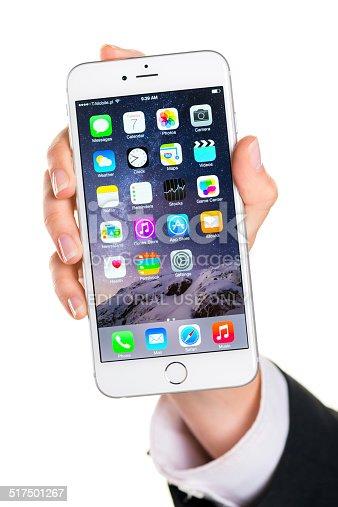 istock Holding iPhone 6 Plus 517501267