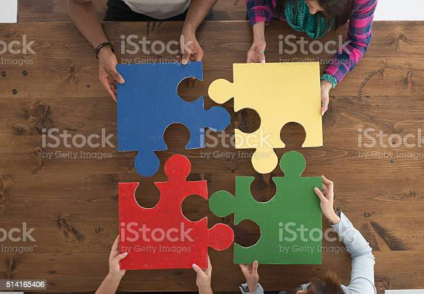 Holding puzzle pieces picture id514165406?b=1&k=6&m=514165406&s=612x612&h=kwtf jyqk10ab9tzhnagofnw8sj6jjfbjbewydpkffq=