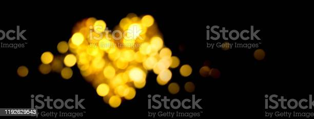 Holiday bokeh golden lights defocused shiny heart shape picture id1192629543?b=1&k=6&m=1192629543&s=612x612&h=eh9inwdbzkcazyymtt5567knqdzg97ckha5zfpkpkam=