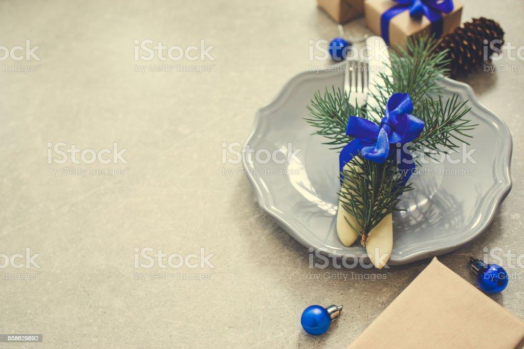 Geschenkideen Weihnachten Essen.Urlaub Weihnachten Essen Hintergrund Besteck Teller Und