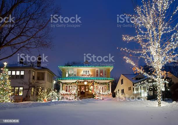 공유일 크리스마스 조명 0명에 대한 스톡 사진 및 기타 이미지