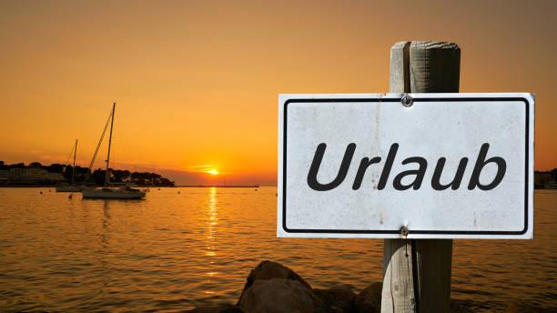 urlaub in kroatien - sonnenbrand heilen stock-fotos und bilder