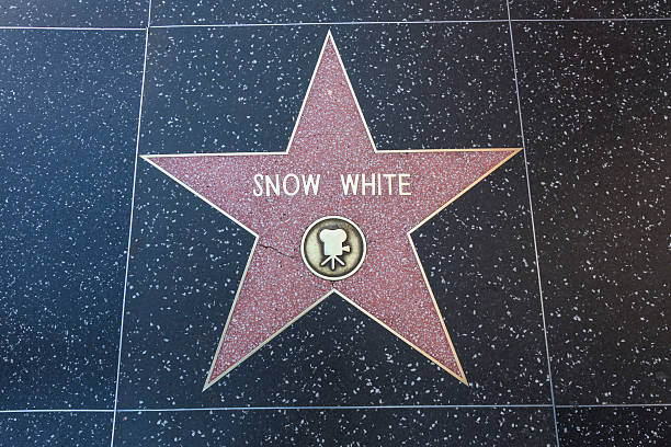 Hollywood walk of fame star snow white picture id475386585?b=1&k=6&m=475386585&s=612x612&w=0&h=wsvqdqeoqmeij5o4fhvvfdmxpafkaaswkp 0cac3atg=