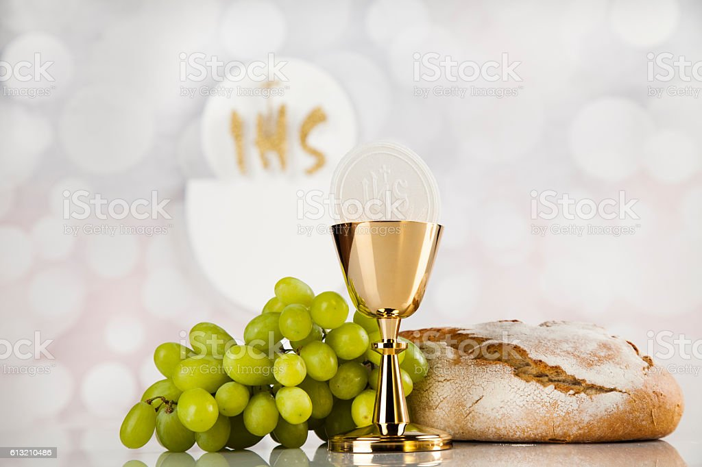 Holy communion a golden chalice, composition isolated on white – Foto