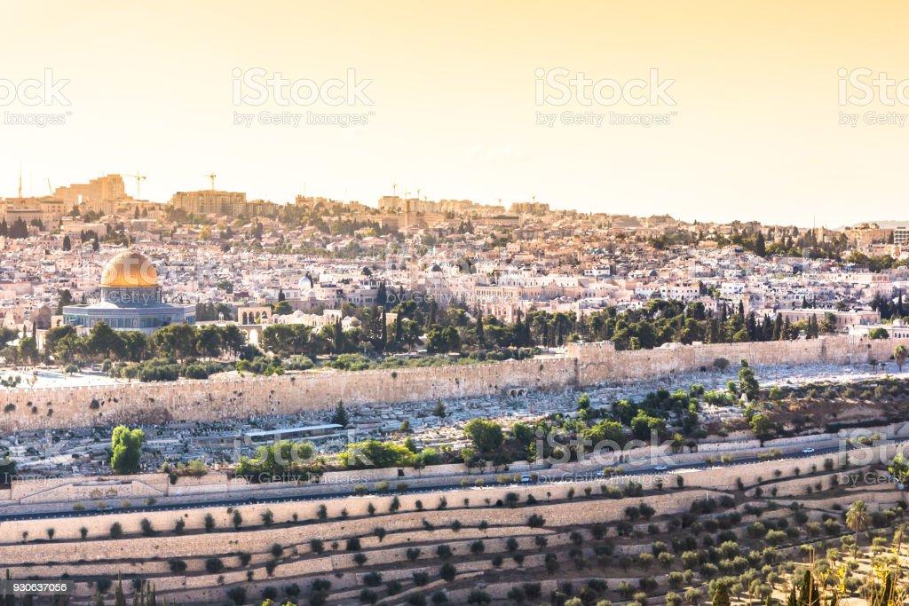 Viaje sagrado a través de las ciudades históricas de Israel - foto de stock
