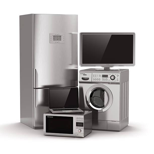 家庭電化製品。テレビ、冷蔵庫、電子レンジ、ノートパソコン、流入 ストックフォト