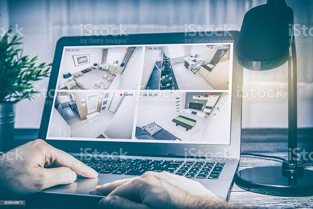 home camera cctv monitoring system alarm smart house video - Foto de stock de Alarma libre de derechos