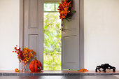 家の入り口正面玄関にハロウィーンの装飾。
