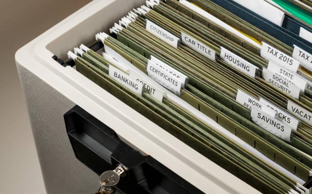 Inicio Presentación de sistema de Seguridad Social organizado en carpetas - foto de stock