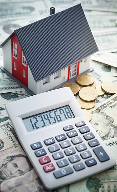 home finance  - mieterhöhung stock-fotos und bilder