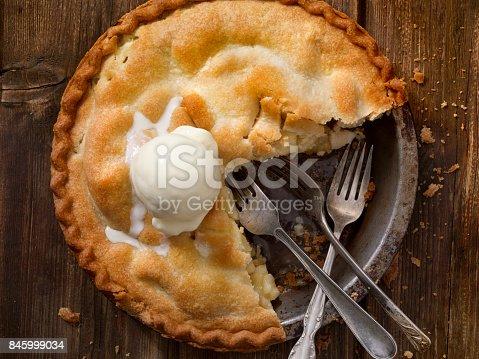 istock Home Made Apple Pie 845999034