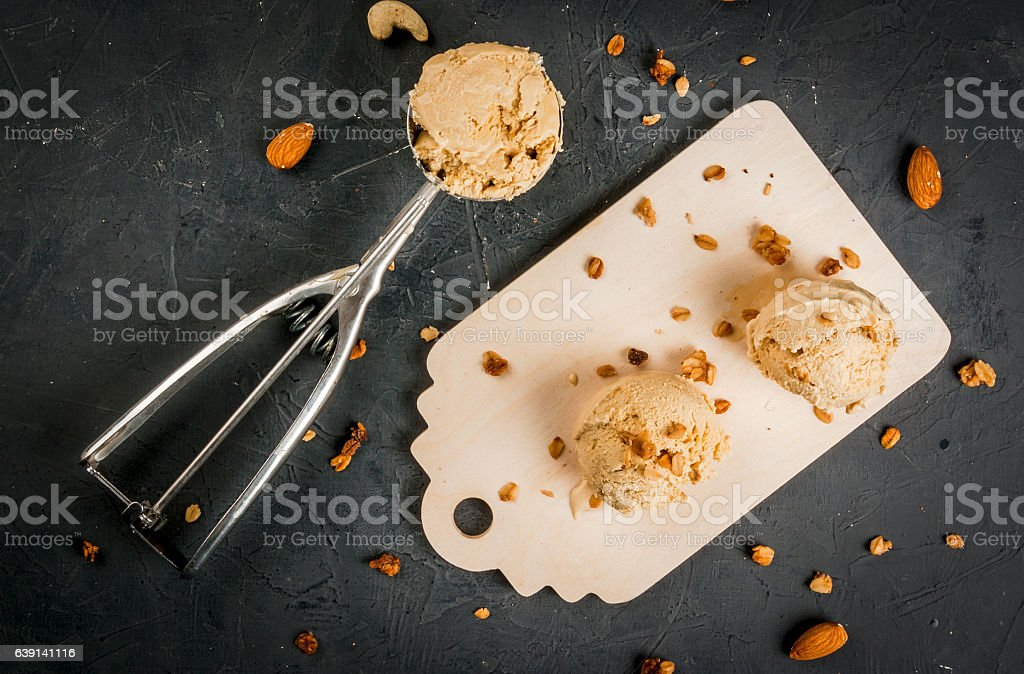 Home made caramel nut ice cream - Photo
