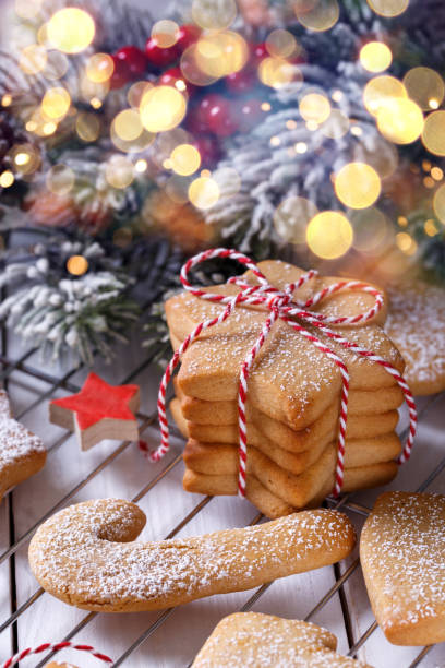 Hausgemachtes Weihnachts-Kurzbrot oder Lebkuchenplätzchen – Foto