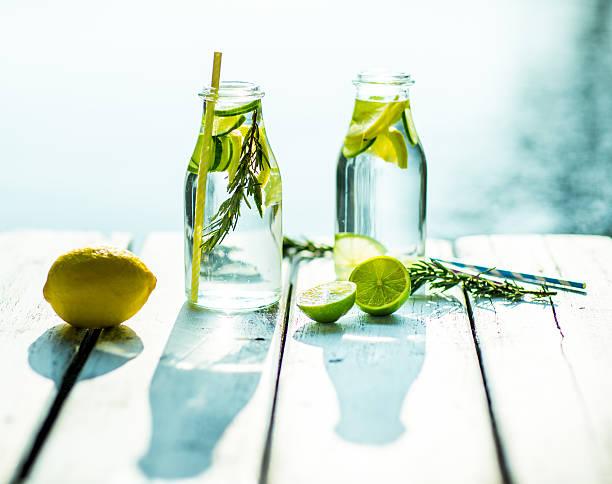 strona główna wykonane zdrowy witamina-wzbogacona wody - detoks zdjęcia i obrazy z banku zdjęć