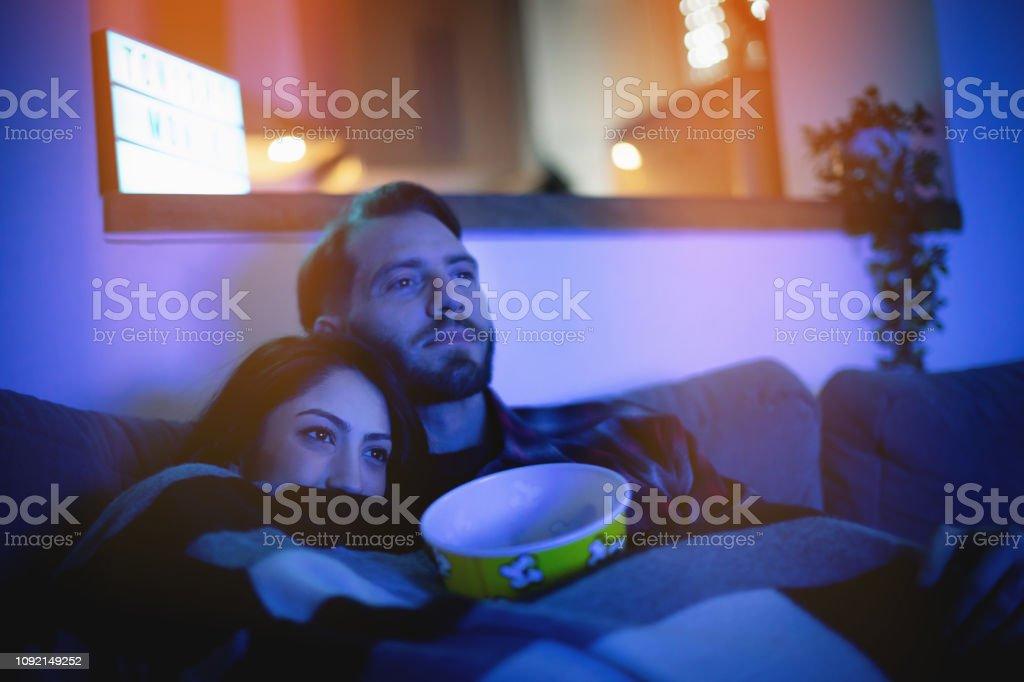 Home-Cinema heute Abend - Lizenzfrei Attraktive Frau Stock-Foto