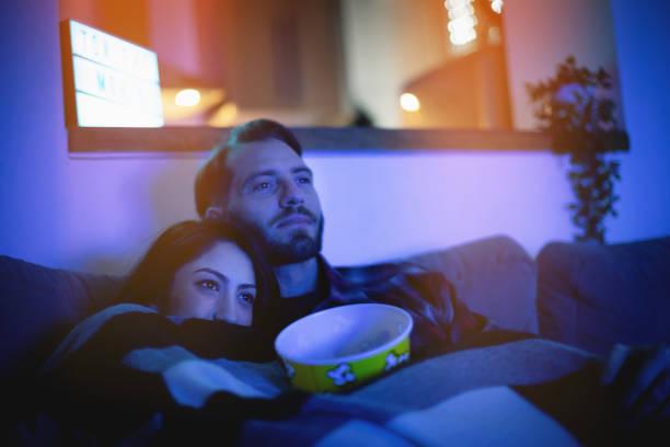 home movie tonight - watch imagens e fotografias de stock