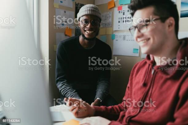 Home office collaboration picture id651143254?b=1&k=6&m=651143254&s=612x612&h=2dqb3ftdqvwtvuizpab0eqckiljib3k1anl2ujtw9vm=