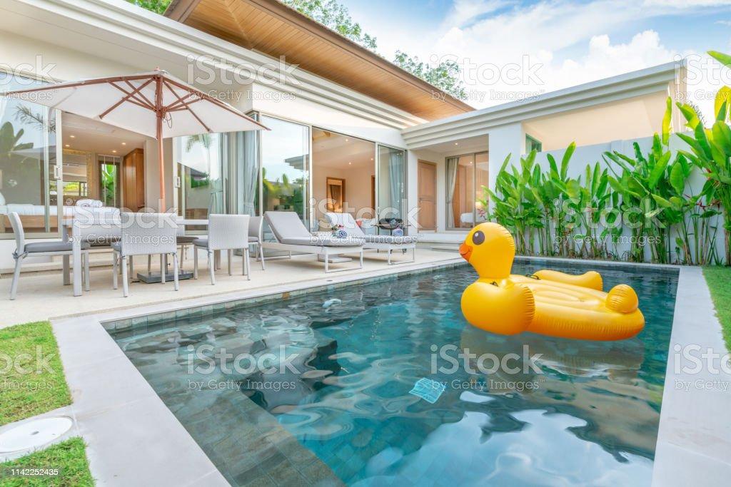Photo libre de droit de Maison Ou Maison Design Extérieur ...