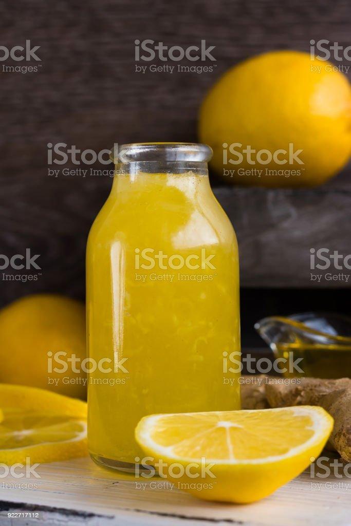Como fazer xarope caseiro com mel e gengibre