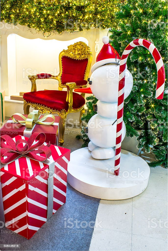 Ready for CHristmas, Adorned Christmas Tree , Chair , Fireplace,...